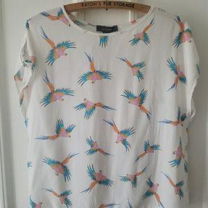 Parrot patterned boxy blouse
